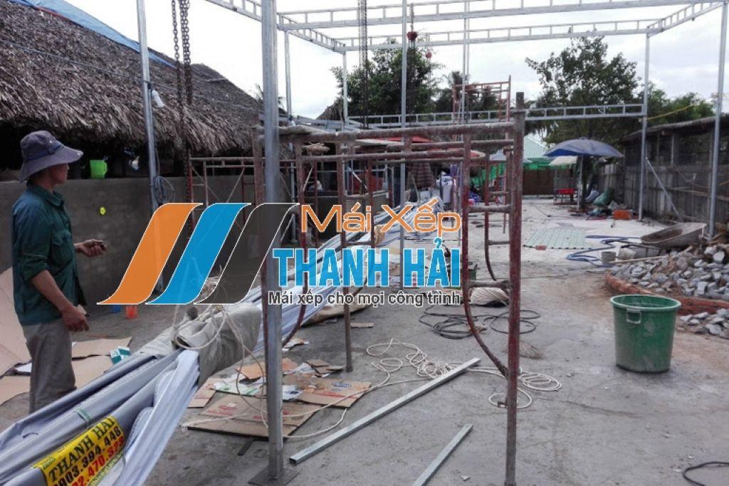 lắp đặt mái xếp nhà hàng tại Long An